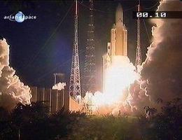 Liftoff in Kourou (Bild: Arianespace)