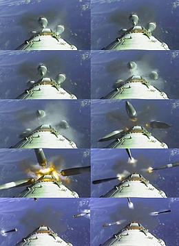 Außenblocktrennung nach einem Sojus-Start von Kourou (Bilder: Arianesapce Webcast)