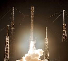 F9v1.1 Liftoff (Bild: SpaceX)