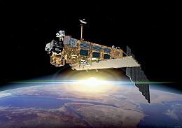 Envisat über der Erde - Illustration (Bild: ESA)