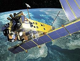 Der europäische Umweltsatellit ENVISAT sammelt seit fünf Jahren Daten über den Zustand des Systems Erde. (Grafik: ESA)