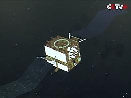 Beidou 2 IGS6 nach dem Aussetzen beim Entfalten der Solarzellenausleger - Illustration (Bild: CCTV)
