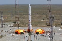 Proton-M-Start mit Intelsat 31 - vor dem Abheben ...
