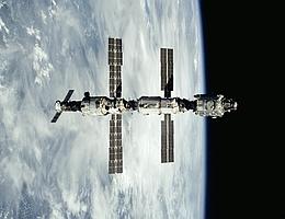 Die ISS im Jahr 2000. (Bild: NASA)