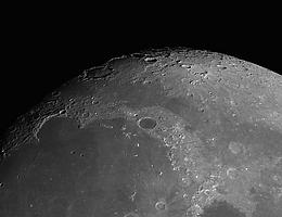 Erforschung von Lavatunneln auf dem Mond: Wissenschaftler und Studierende der Jacobs University waren an einem Konzept beteiligt, das sich bei der ESA durchsetzen konnte. (Bild: PlanilAstro/shutterstock.de)