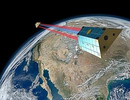"""GRACE Follow-On ist ein Tandem aus zwei Satelliten, die die Erde in einem gegenseitigen Abstand von 220 Kilometern auf der gleichen Bahn in 490 Kilometer Höhe über dem Erdboden umrunden. Die Mission vermisst den Abstand zwischen den Satelliten mit Mikrowellen (blau) und einem neuen Laserinterferometer (rot). (Bild: Erde: NASA """"Blue Marble"""", Satelliten: Schütze/Max-Planck-Institut für Gravitationsphysik)"""