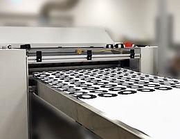 Laserdrucker beim Drucken von Zahnradlayern. (Bild: mz Toner Technologies GmbH)