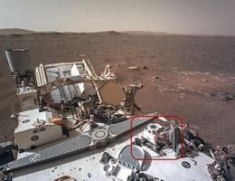 Technologie des Fraunhofer IST auf dem Mars: Der Interferenzfilter ist Bestandteil eines optischen Sensors zur Staubcharakterisierung im »Mars Environmental Dynamics Analyzer«, kurz MEDA. (Bild: NASA/JPL-Caltech)